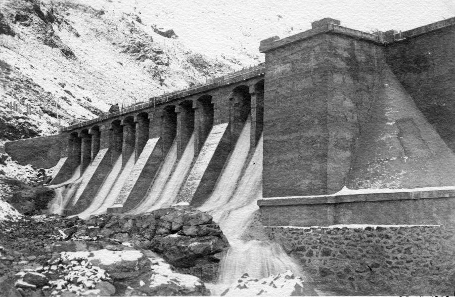 nevicata sulla diga