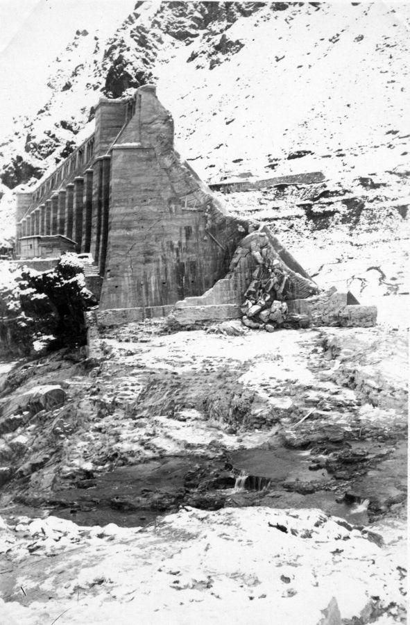 3 dicembre 1923. La breccia nella diga