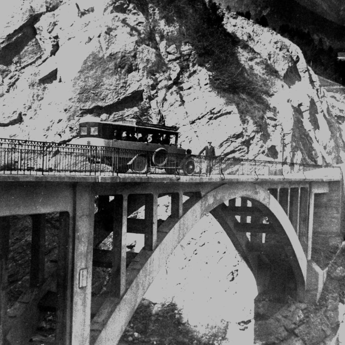 Il ponte ricostruito sul torrente Povo