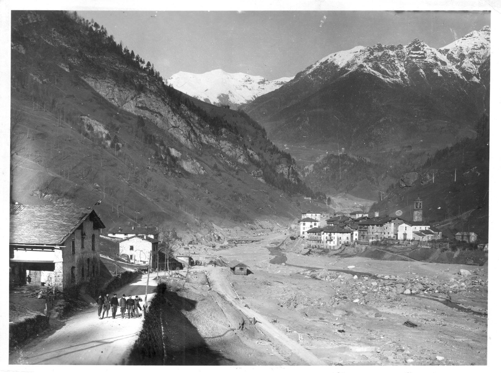 Rovine a Dezzo, dicembre 1923