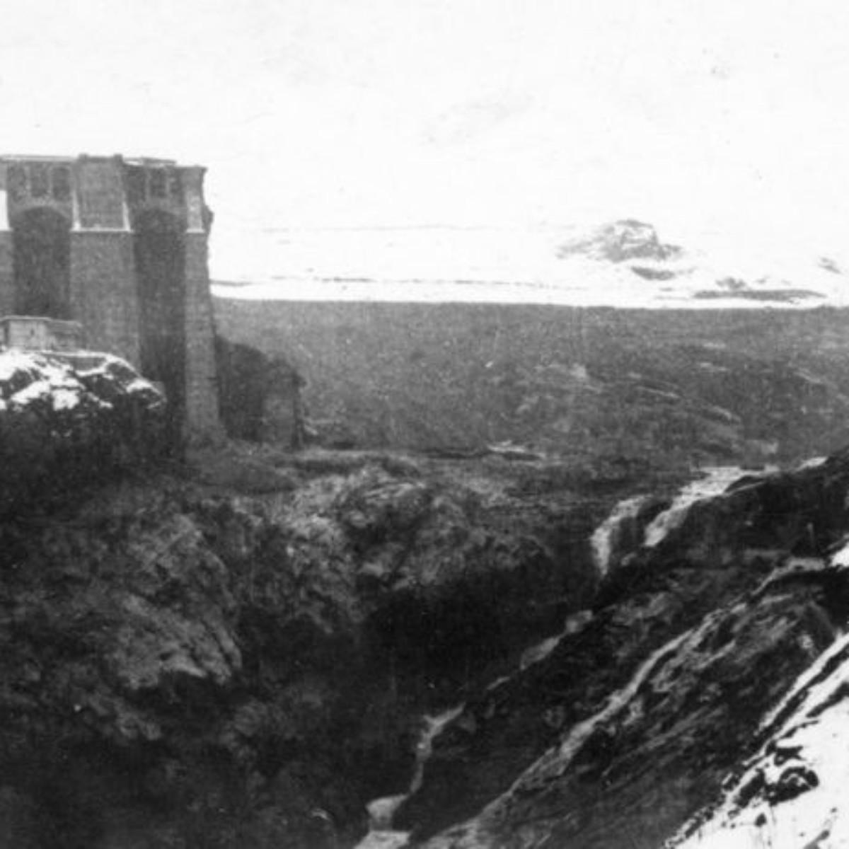 1 dicembre 1923 ore 10. La breccia nella diga e l'invaso svuotato