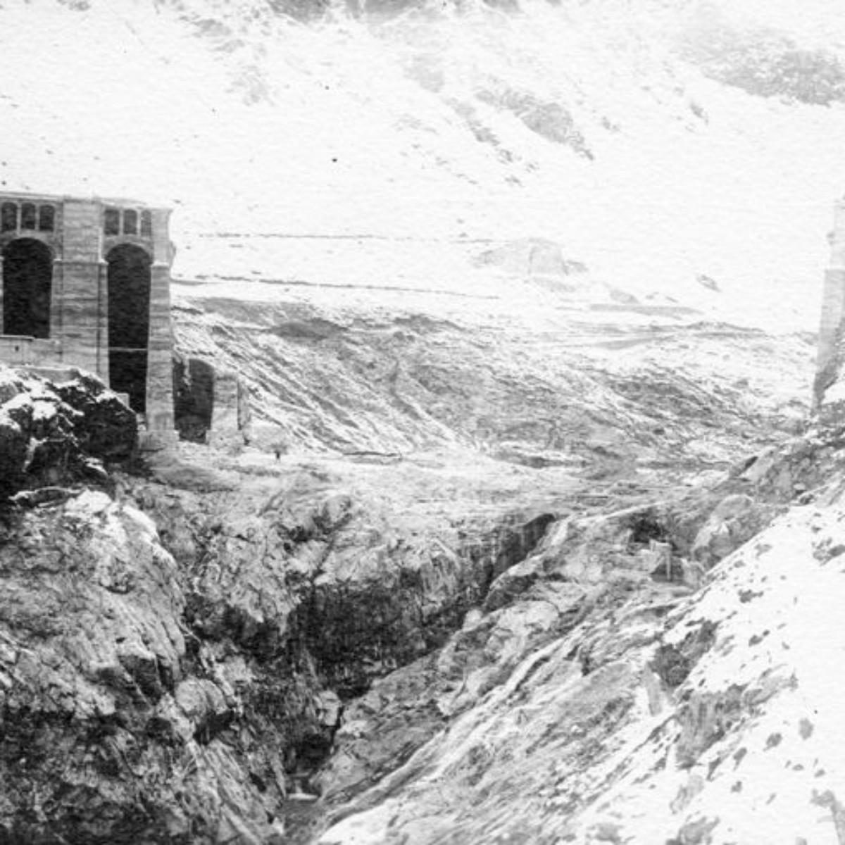 1 dicembre 1923. La breccia nella diga: è già rinevicato